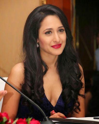 Pragya Jaiswal Hot Sexy Bikini Pics