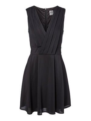 WP - PLEAT S/L SHORT DRESS VERO MODA Holiday Countdown contest. Pin to win the style!