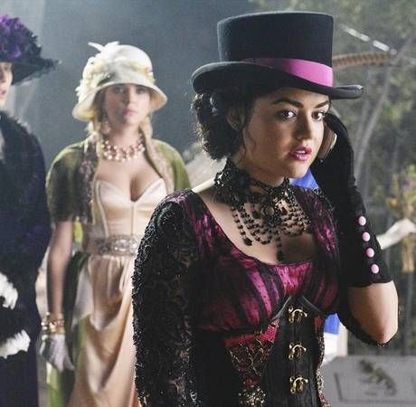 pretty little liars spoilers is aria free falling in season 4 episode 20 - Pretty Little Liars First Halloween Episode