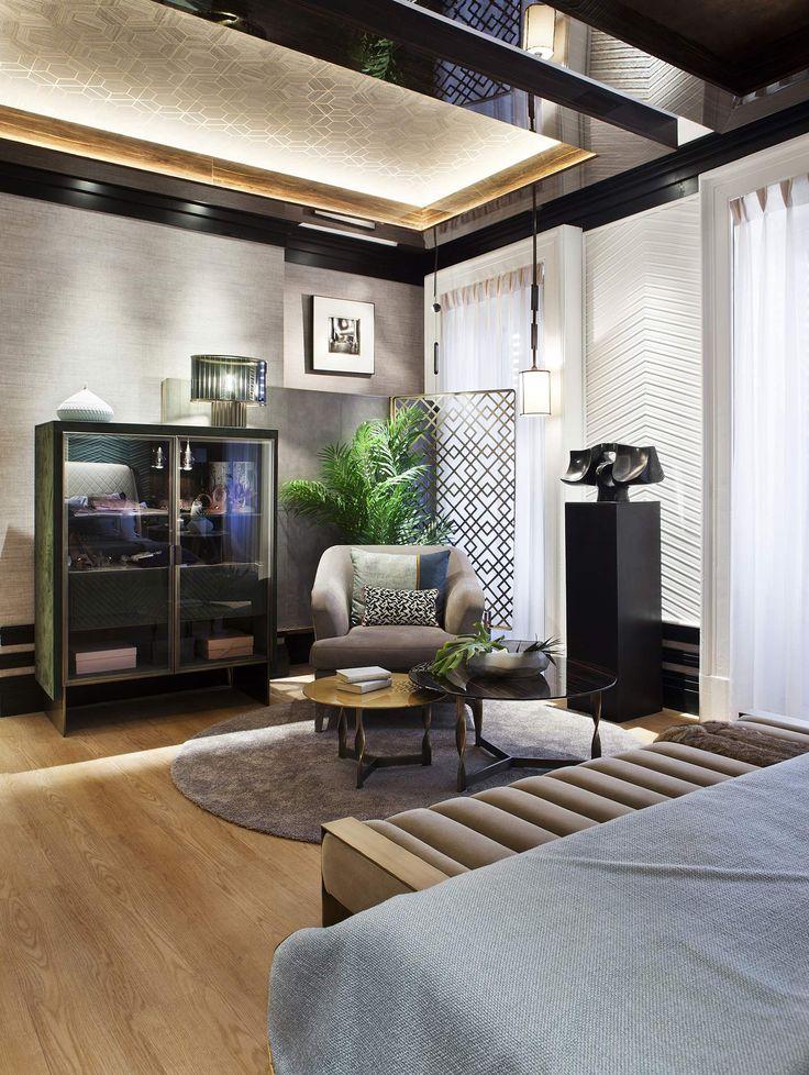 Los techos y paredes se cuidan al máximo para dotar de personalidad y calidez al espacio. #details #room #suite #livingroom #decoracion #diseño #design #interiordesign #deco #arquitectura
