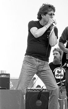 Paul Butterfield 79.jpg  Began the Butterfield Blues Band  Died of peritonitis due to alcohol and drug abuse