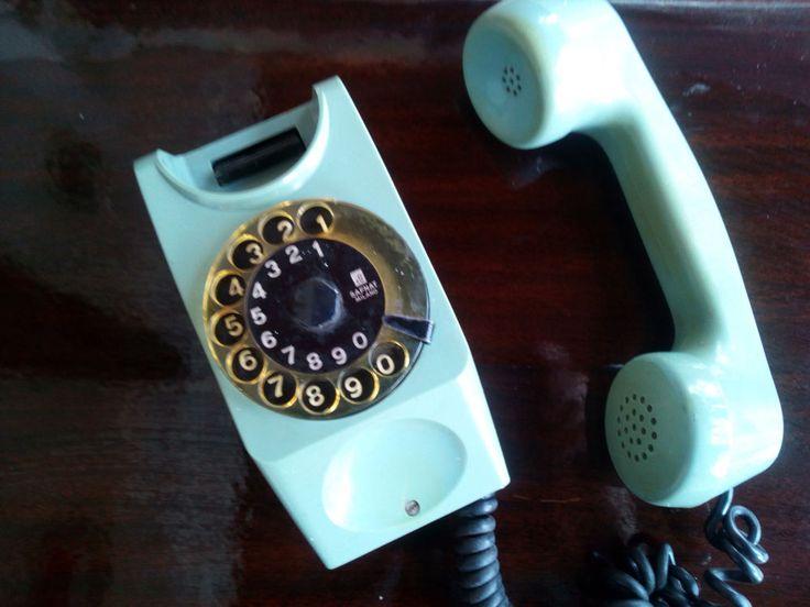 Vintage 1970's rotary dial GREEN TS SAFNAT MILANO dial phone #SAFNAT