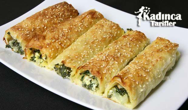 Ispanaklı Rulo Börek Tarifi | Kadınca Tarifler | Kolay ve Nefis Yemek Tarifleri Sitesi - Oktay Usta