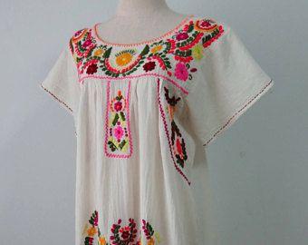 Abito corto ricamato a mano messicano, fuori Oaxaca bianco vestito, ricamo messicano