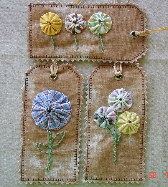 Handmade Primitive Fabric Yo Yo Gift Tag Naive by OutaAfrica