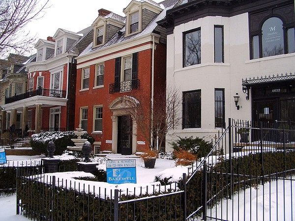 You may have scoffed at the notion that St. Louis would be one of the nation's top real estate markets in 2016, but the numbers are in, and 2015 finished with a bang. Real estate prices were up 3.8 percent in the last quarter of 2015 compared to the same quarter in 2014, according to the National Association of Realtors.- http://www.riverfronttimes.com/newsblog/2016/03/07/st-louis-real-estate-prices-are-up-38-percent#utm_sguid=154165,003b134c-3ca1-7ff3-61eb-5160b0f847e8 #stlouisrealestate…