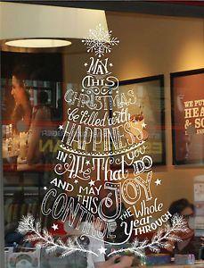 Rozsvícená ozdobená okna dodají vašemu domovu tu pravou vánoční atmosféru.