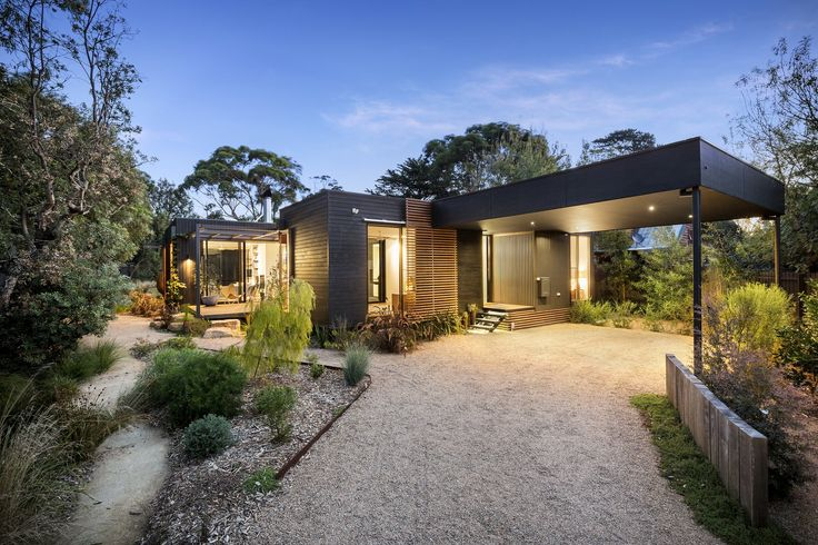 Location: Merricks Beach, Victoria, Australia - This perfectly connected family holiday home, with its U-shaped configuration, sits unobtrusively within the native coastal environment of the…