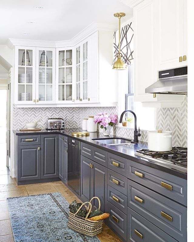 Contrasting cabinetry for those who like to be a little adventurous in the kitchen #elmsthorpeproject #feasbyandbleeksdesign  by Valerie Wilcox