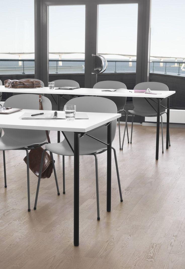 Classroom design minimal Scandinavian style with grey RBM ...