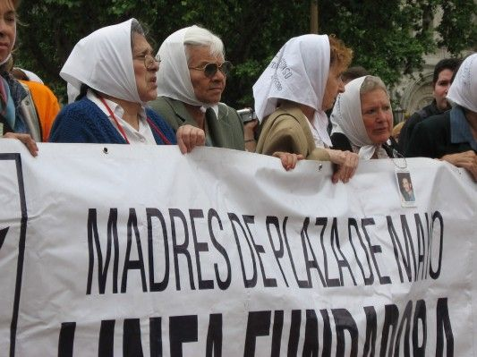 Women have continued to play an integral part in politics and human rights all throughout Latin America to this day. A noteworthy example from Argentina is La Asociación Madres de Plaza de Mayo, which began in Argentina during the infamous Guerra Sucia.