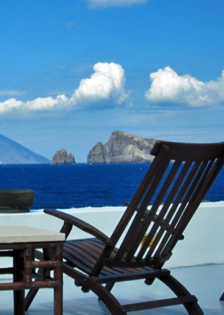 Island of Stromboli views - Discover Sicily