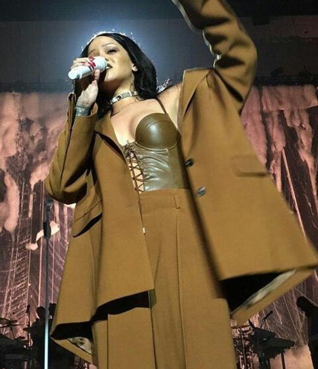 Anti World Tour: Rihanna dá o start da turnê mundial do seu novo álbum