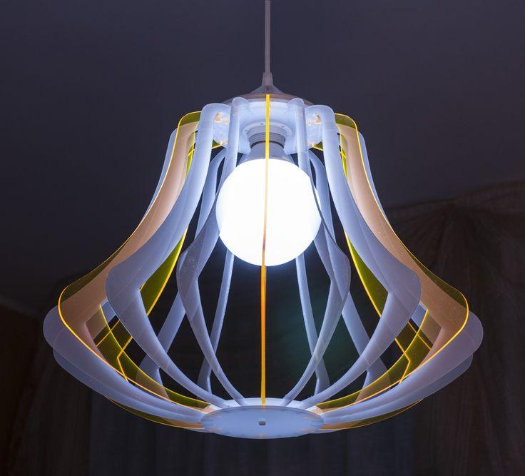 Lampadario Sospeso in policarbonato colorato di design