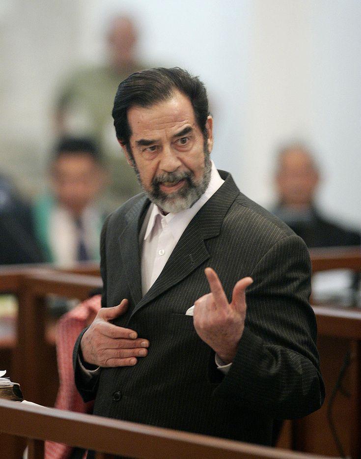 """Saddam Hussein Cựu Tổng thống Iraq Saddām Hussein ʻAbd al-Majīd al-Tikrīt – còn được viết là Husayn hay Hussain; phát âm như """"Sátđam Hutxen""""; tiếng Ả Rập صدام حسين عبد المجيد التكريتي là Tổng thống Iraq từ 1979 cho đến năm 2003, khi Mỹ tấn công Iraq với lý do là Saddam đã """"tàng trữ vũ ... Wikipedia Sinh: 28 tháng 4, 1937, Al-Awja, Iraq Mất: 30 tháng 12, 2006, Kadhimiya, Iraq Con: Uday Hussein, Raghad Hussein, Qusay Hussein, Rana Hussein, Hala Hussein Vợ/chồng: Samira Shahbandar"""