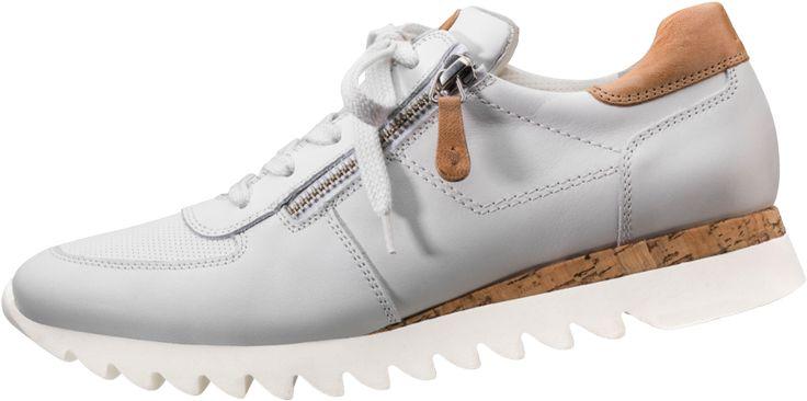ABGEHOBENER SNEAKER  Mit diesen Sneakern von Paul Green haben Sie definitiv einen Trendsetter-Look im Gepäck. Das klassisch-zeitlose Design wird durch besondere Farbeinsätze und seitlichem Reißverschluss akzentuiert.