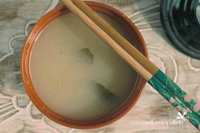 Come fare una buona zuppa di Miso a casa propria