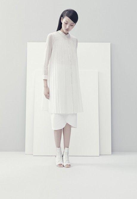Best 25 Minimalist Clothing Ideas On Pinterest Minimalist Wardrobe Capsule Wardrobe And
