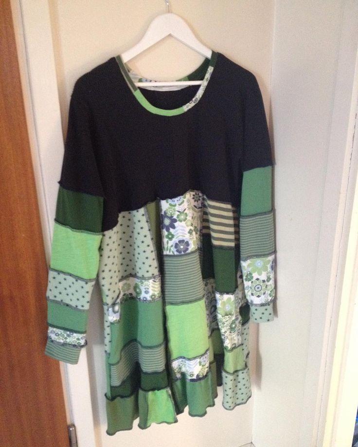 Jag har sytt en klänning av gamla t-shirtar! Jättenöjd! #återbruk #textiltåterbruk #textilerecycling #recycling