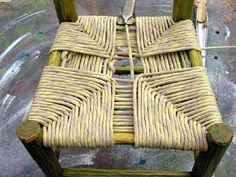 Braid a seat to a chair or stool DIY. Must remember for my now-caneless caned seat chair.