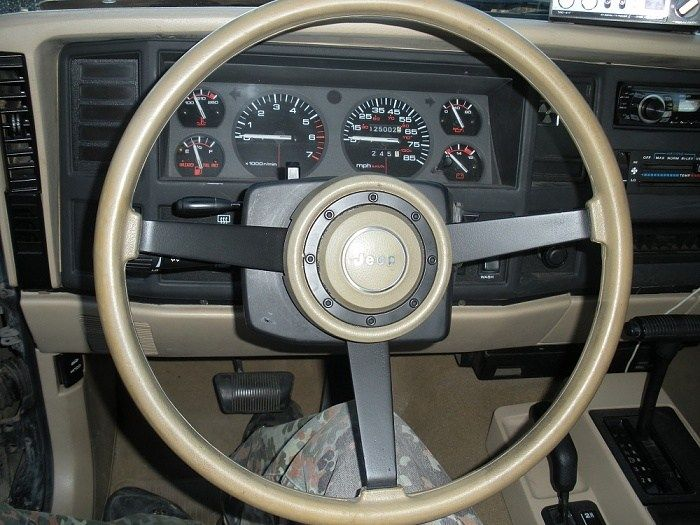 Awesome Jeep Cherokee Steering Wheel Swap