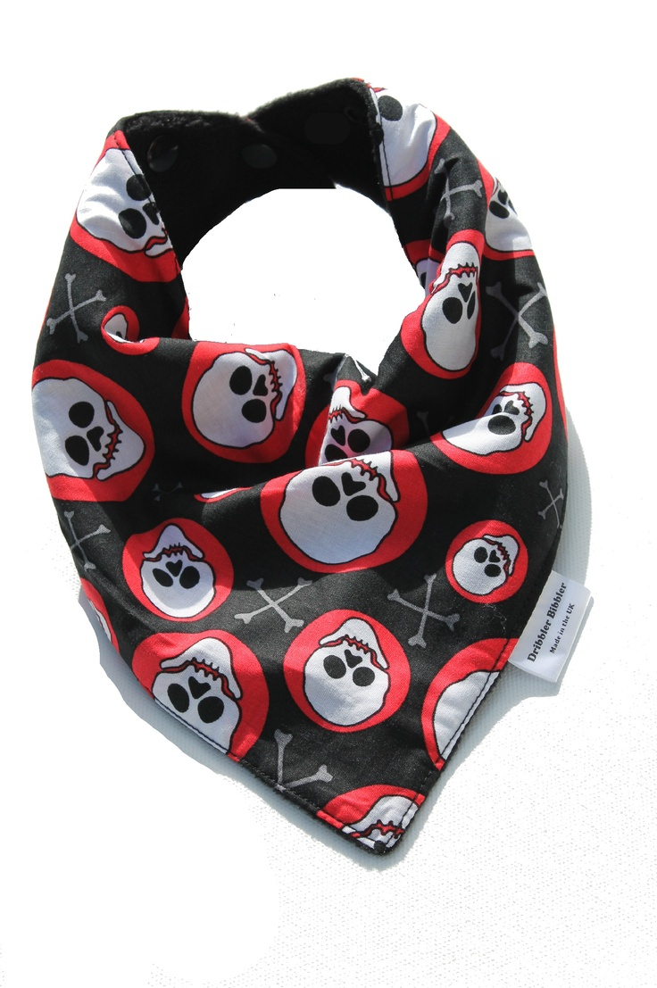 Skull-Baby-Bib-Skull-Crossbones_pirate-Baby-Bib-Clothes-cool-baby-clothes-cool-baby-bib-funky-
