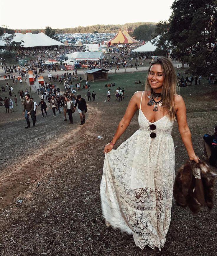 Midsummer Nights Maxi Dress on @lisadanielle__ at Splendour in the Grass #jenspiratebooty