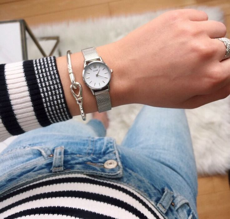 Silver & Stripes - Cluse La Vedette Mini Mesh Watch. More of my Style on www.christinadesantis.com #ootd #cluse #linksoflondon