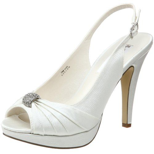 Super comfy sling back bridal shoe!! Great if your not used to wearing heels much.