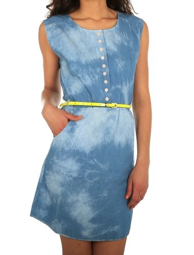 Macker Jeansdress [vintage wash] // IRIEDAILY Dresses Women // FALL/WINTER 2014: http://www.iriedaily.de/women-id/women-dresses/ #iriedaily