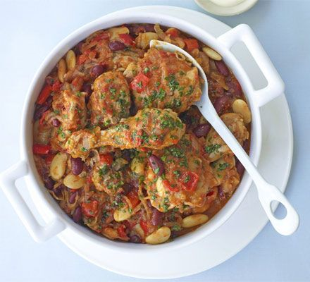 Spicy chicken & bean stew. Healthy, spicy and only one pot!