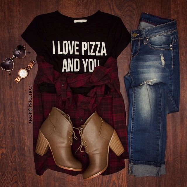 """- Details - Size Guide - Model Stats - Contact I love lamp. Brick from """"Anchorman"""" would be all over this black I Love Pizza Crop Top. Features a classic t-shirt style with scoop neck, stretch fabric,"""