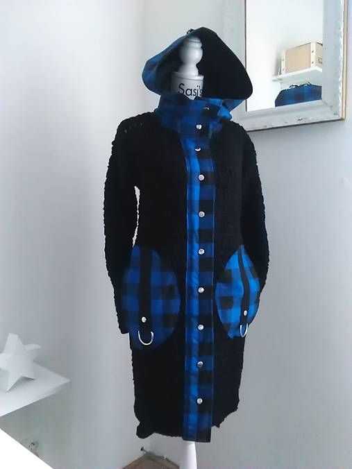 sasis / 2017 / PUNKY BLACK BLUE