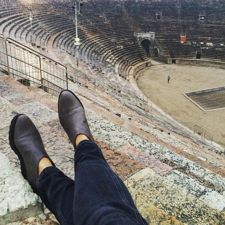 Getting perspective #Verona #arena  #Zurbano #Zurbanoshoes #CityandtheShoes #Italy #piazza #bra #ancient #city #shoes #ancleshoes #leather #loveit #shop #onlineshop