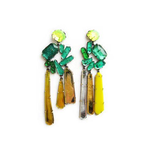 Nikki Couppee, Emerald Wreath Earrings – Mora Designer Jewelry