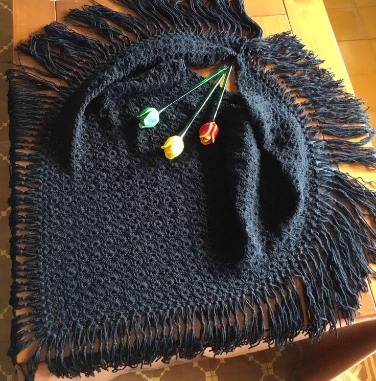Toca de lana hecha a mano de VivoTejiendo en Etsy https://www.etsy.com/es/listing/584392144/toca-de-lana-hecha-a-mano