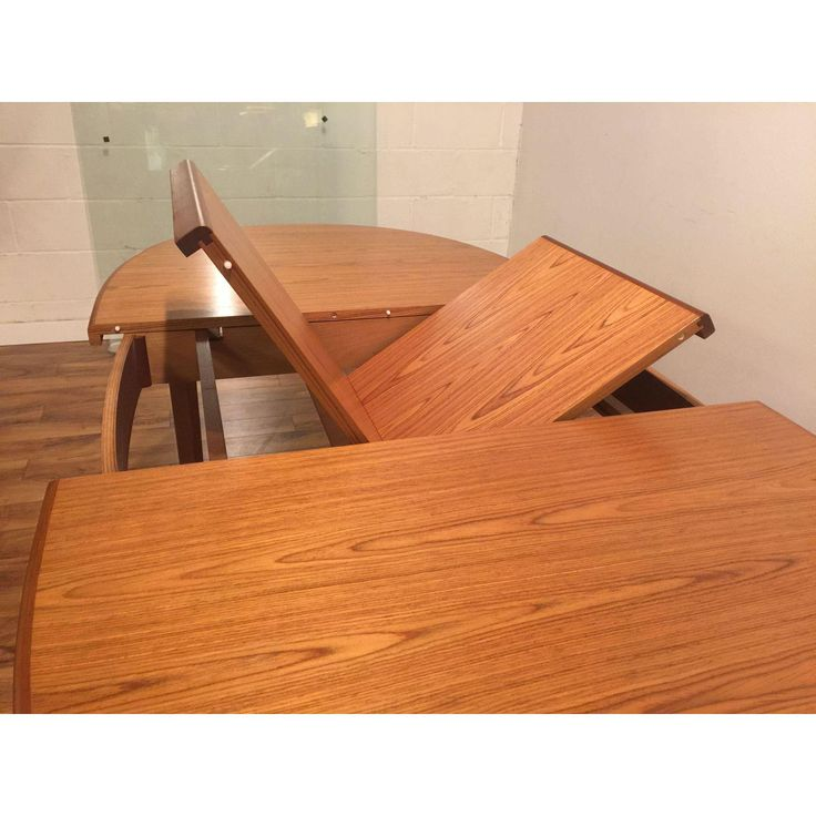 Mid-Century Teak Oval Dining Table With Butterfly Leaf - Image 6 of 11