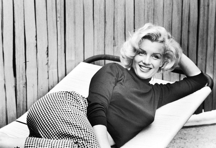 Marilyn Monroe had an hourglass figure