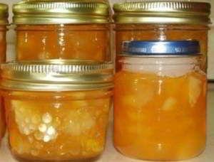 Варенье из дыни с лимоном... Ингредиенты: Дыня — 1 Килограмм Сахар — 600 Грамм Лимон — 1 Штука  Количество порций: 6-8