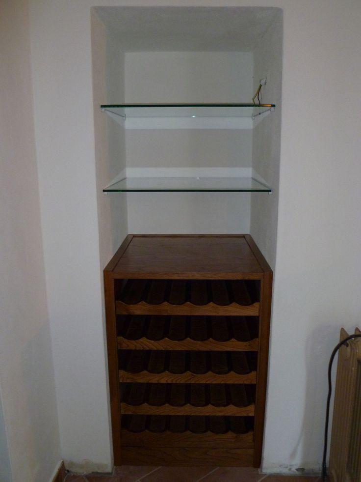 Mobile porta bottiglie e piani in cristallo