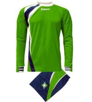 Zöld-Kék-Fehér Zeus Spagna Focimez Szett kényelmes, modern, tartós, csuklónál belül gumis, gallér betétszínnél nyitott, könnyen szárad, kopásálló, rövid ujjú mezzé alakítható. Egyedi, határozott, magabiztos megjelenésű, az utánpótlás részre is, kiváló választás a Spagna focimez. Zöld-Kék-Fehér Zeus Spagna Focimez Szett 6 méretben és további 7 színkombinációban érhető el. - See more at: http://istenisport.hu/termek/zold-kek-feher-zeus-spagna-focimez-szett/#sthash.q5OhQTKc.dpuf