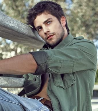Brant Daugherty <3