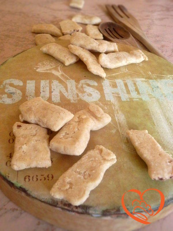 Tocchetti di riso http://www.cuocaperpassione.it/ricetta/3d371f4c-9f72-6375-b10c-ff0000780917/Tocchetti_di_riso