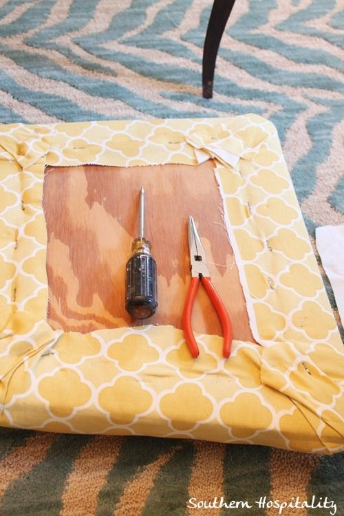 How to reupholster chair seats from Roda at Southern Hospitality (blog)  Southernhospitalityblog.com