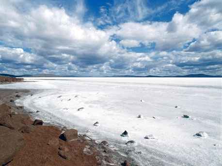 Lake Gairdner, stunning salt lake near the Gawler Ranges, Eyre Peninsula, South Australia