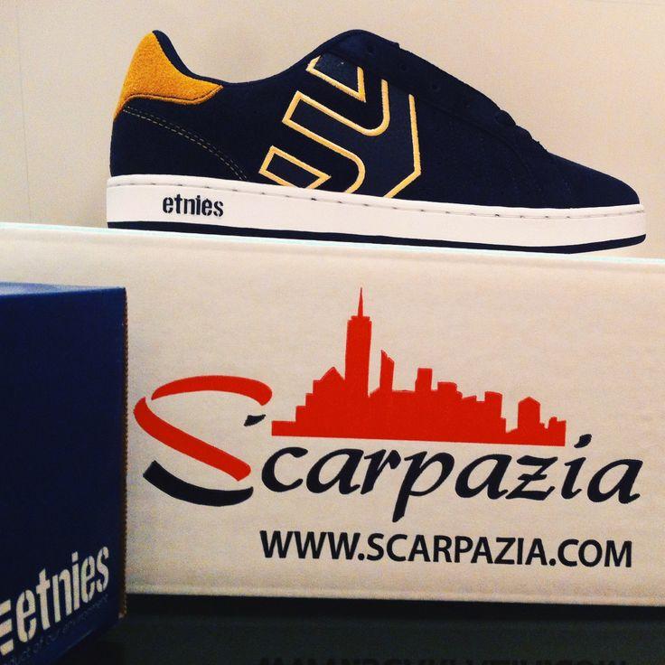 By @scarpazia http://www.scarpazia.com Scarpe Etnies Fader LS Navy Yellow