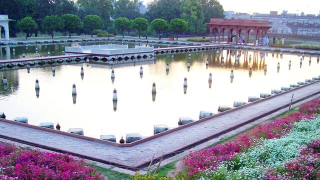 Shalimar Garden Lahore - The best way to get a great deal on airfare going to Lahore Pakistan From USA. We have collected data of the world's top airlines.  #Lahore #Pakistan #Tickets #Flights #USA