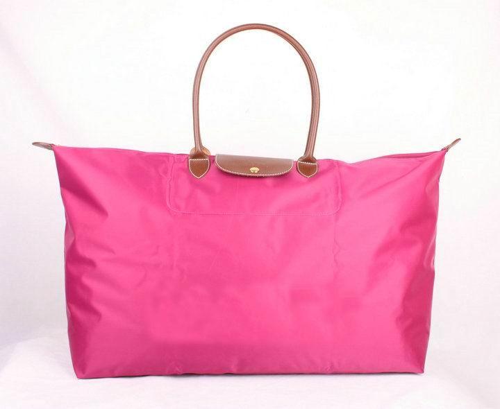 http://cheaplovelybags.com/images/201203/img/travelbag009.jpg