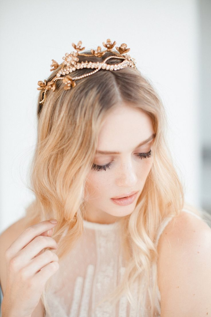 Feather coal hair accessories emily kent wedding hair bridal musings - Beautiful Intricate Bridal Headpieces From The Wild Nature Collection By Jannie Baltzer Wedding Crownshair