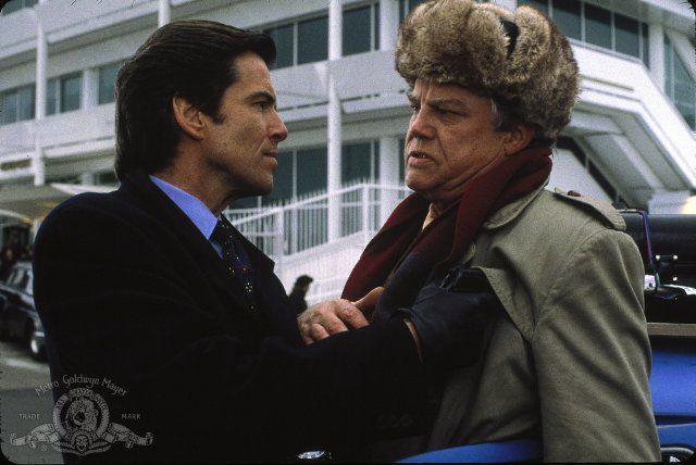 Pierce Brosnan and Joe Don Baker in GoldenEye